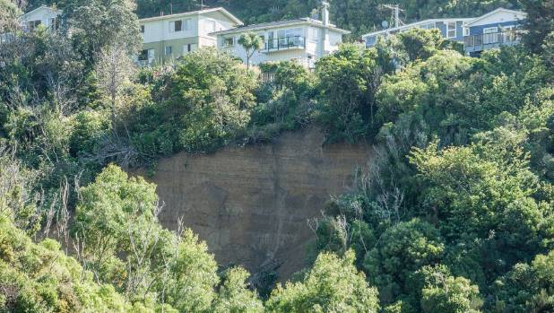 A large landslide in the Wellington suburb of Kingston saw ten people evacuated from their homes earlier this month.