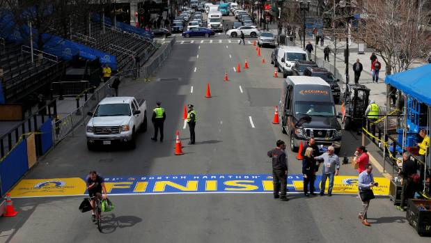 Hug wins wheelchair race at Boston Marathon