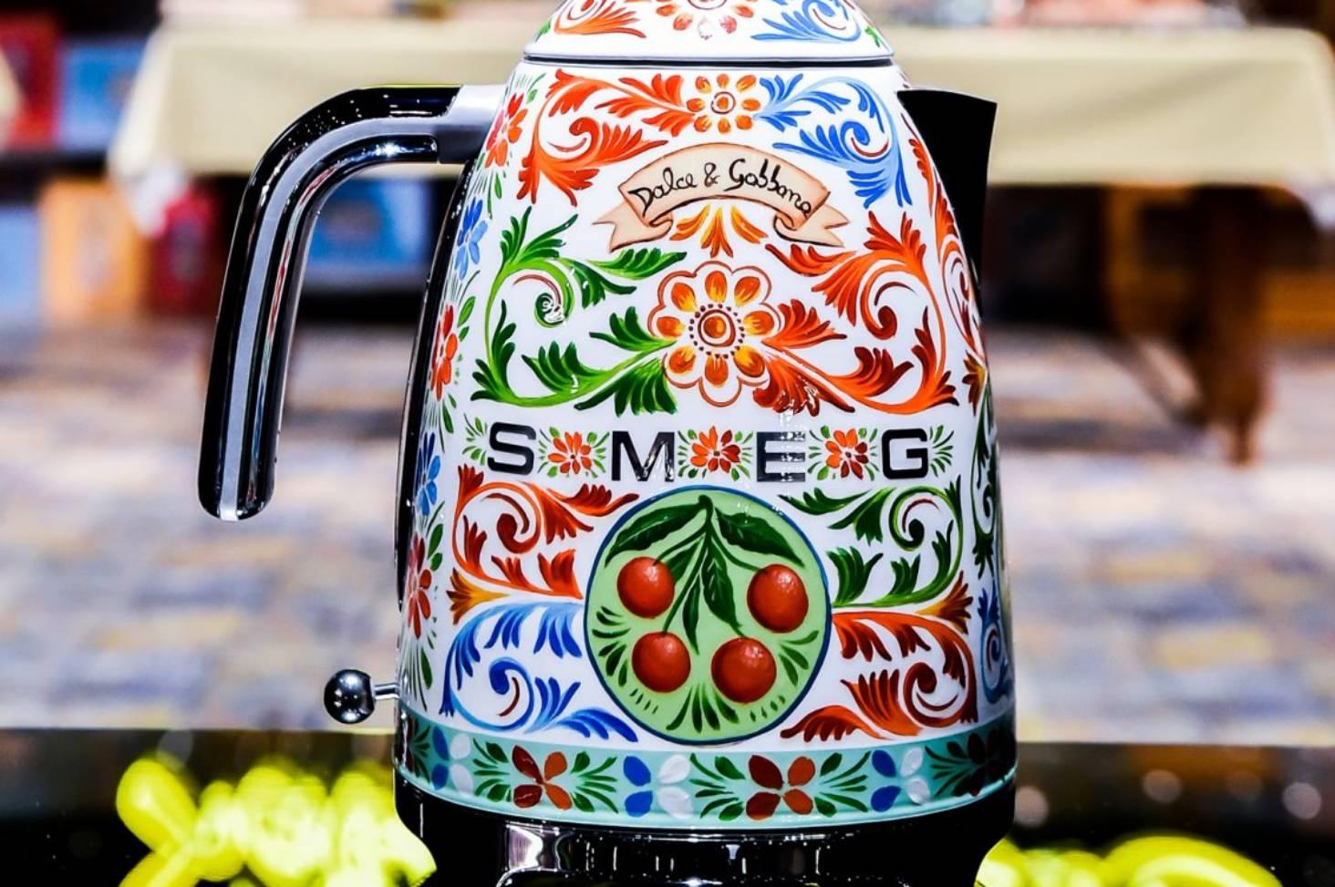 64c0e1167e2 Dolce   Gabbana design over the top appliances for your kitchen ...