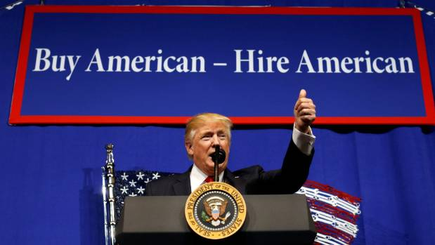 Donald Trump signs executive order to reform H-1B visas