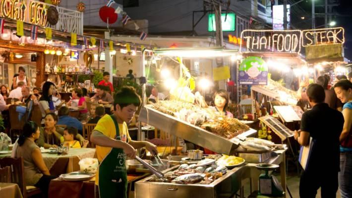 Hasil gambar untuk street food thailand