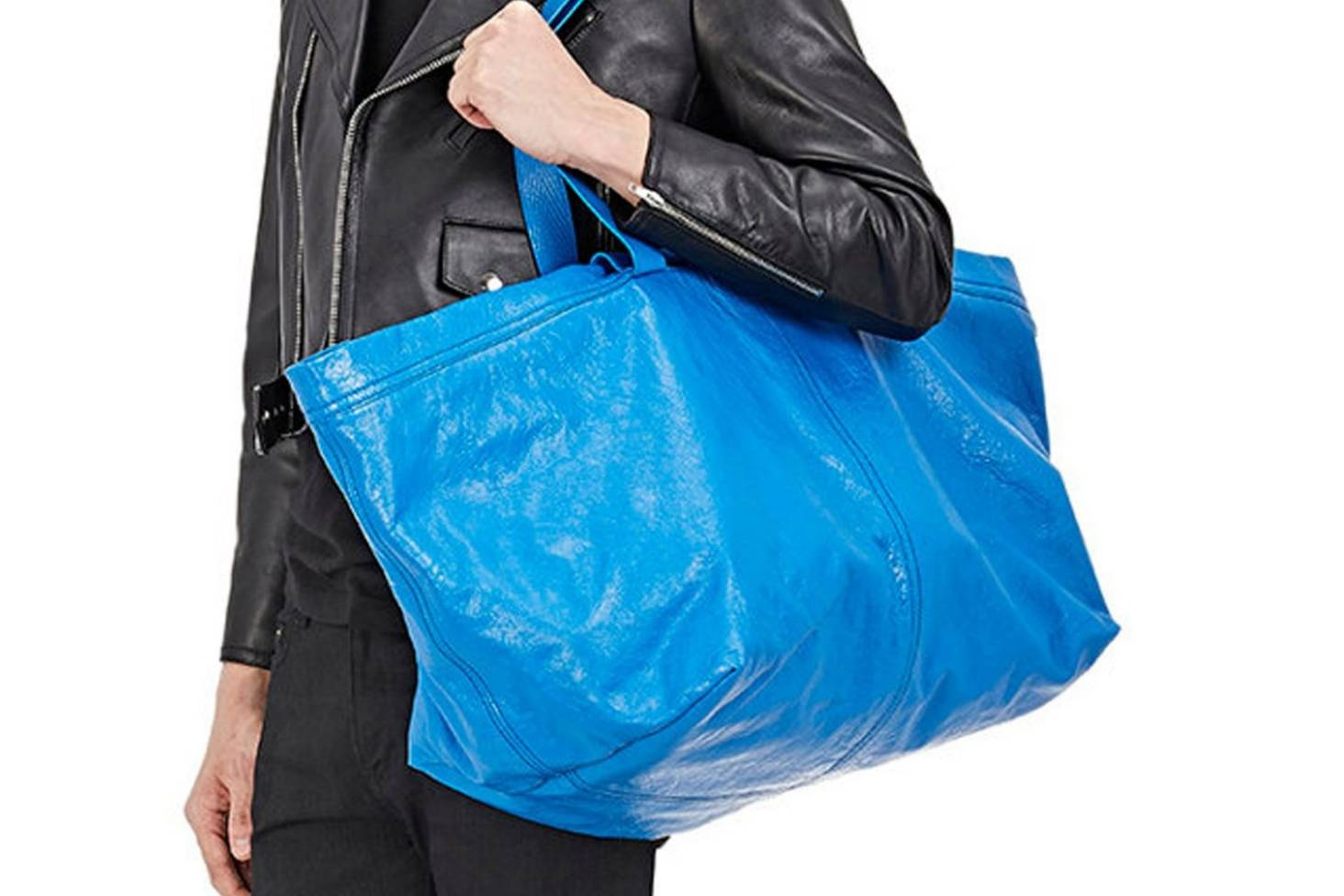 Our take on the  2900 Balenciaga bag that looks just like the  1 IKEA bag 872ada6a0f907