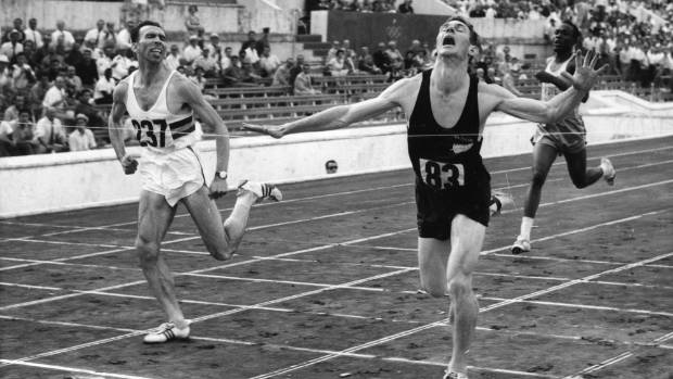Peter Snell wins the 800 metres at the 1960 Rome Olympics.