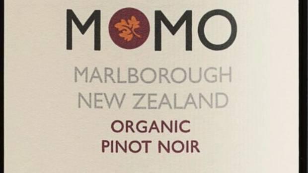 Momo Pinot Noir 2015.