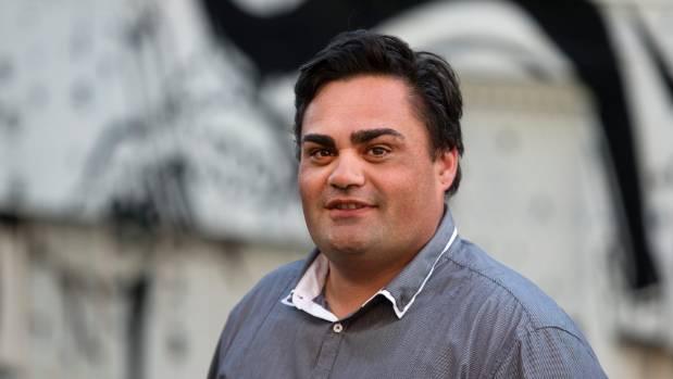Taranaki Fairfax reporter Kris Boult failed in his task to lead a plastic free day.