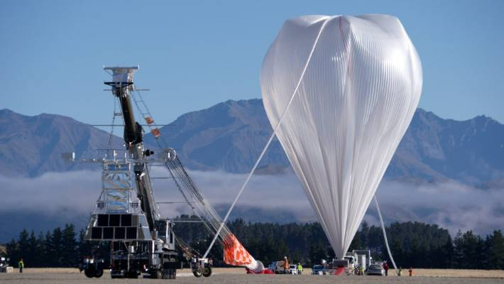 Nasa's super pressure balloon inflates at Wanaka Airport in 2017.