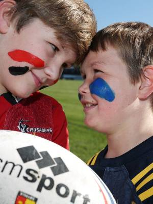 Crusaders supporter Toby Carpenter (left) and Highlanders supporter Olly George both think their team will win the Super ...