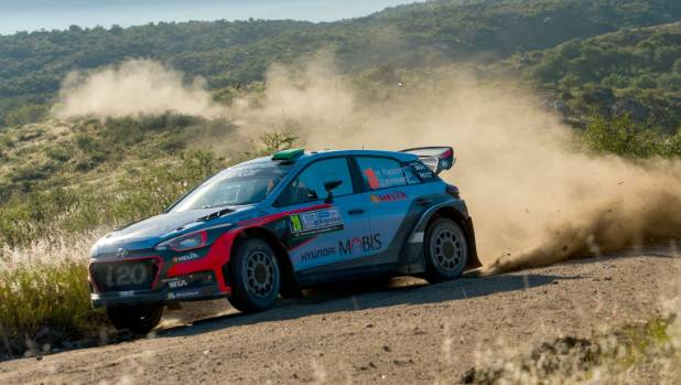 Hayden Paddon powers around a right hand bend on his way to victory at Rally Argentina last year.