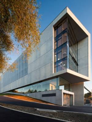 The new law and management building at Waikato University was designed by Opus Architecture.