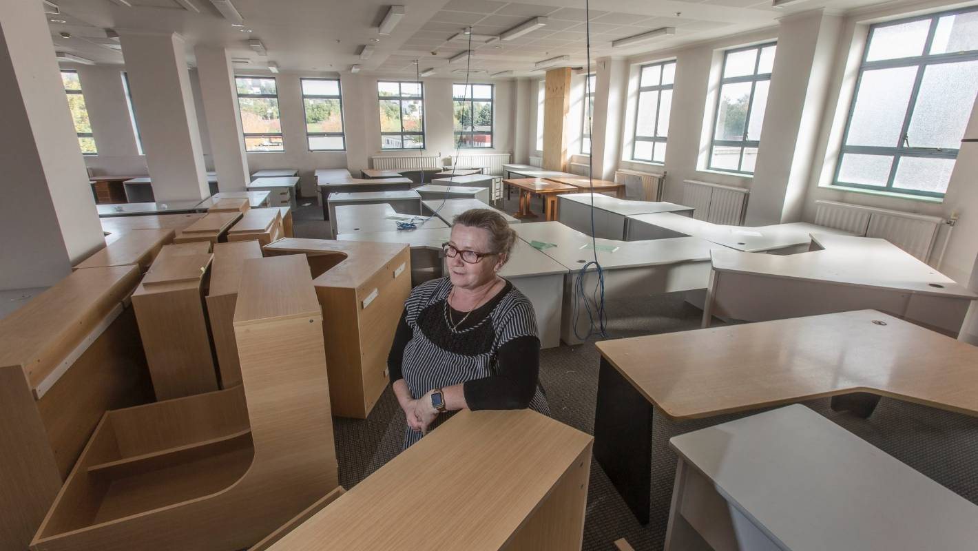 where old office chairs go to die christchurch 39 s office furniture glut. Black Bedroom Furniture Sets. Home Design Ideas