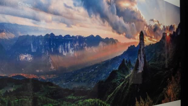 An image capturing the Enshi Grand Canyon by photographer Liu Quansheng.