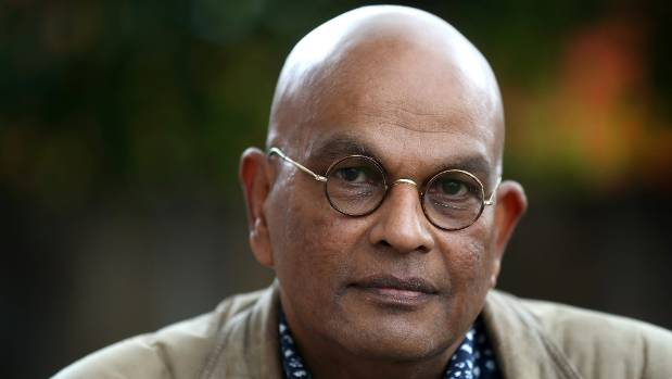 Kapiti Coast Mayor K Gurunathan, who is a witness in the case against Scott, has defended Scott's right to remain a ...