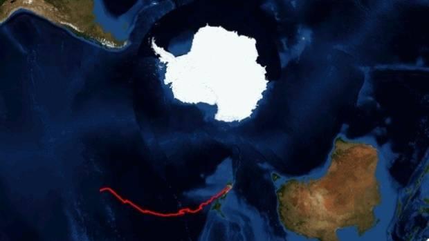 NASA's Wanaka balloon hovers above the Pacific Ocean.
