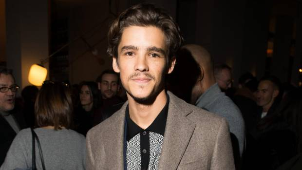 Actor Brenton Thwaites, a Pirates of the Caribbean star, says it's impossible for anyone to feed lines to Depp on set.
