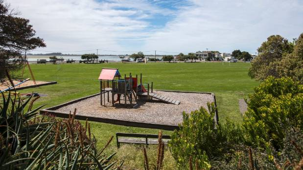 Redcliffs School should be relocated to Redcliffs Park, a council hearings panel has decided.