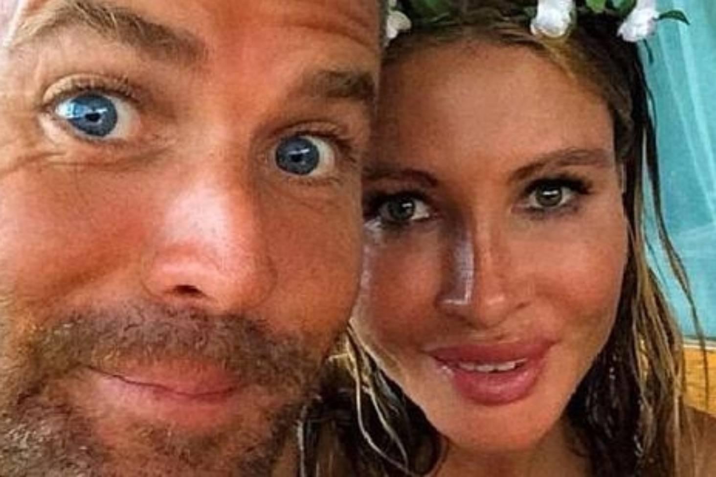 Alyssa Milano Breast Implants pete evans' wife nicola robinson removes 'toxic' breast