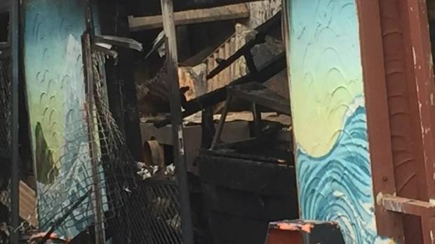 Piha fire destroys takeaway shop