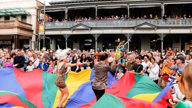 The Fremantle International Street Arts Festival runs every Easter.