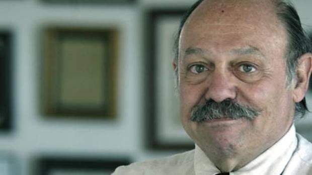 Dr David Bearman is a world expert on medical marijuana.