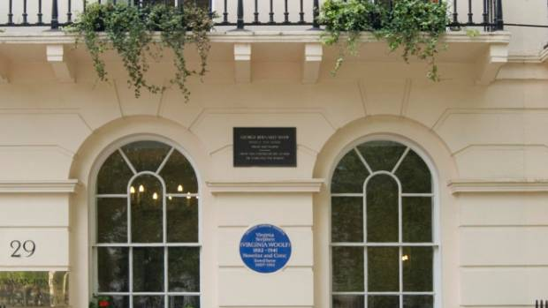 Virginia Woolf plaque at Fitzory Square in Bloomsbury, London.