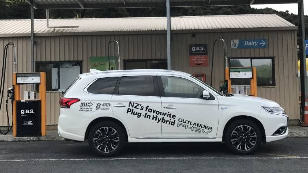 Petrol fill for Outlander PHEV at NZ's northernmost fuel station. Sorry everybody.