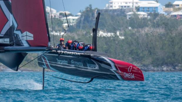 Ainslie causes crash between America's Cup rivals in warm-up race