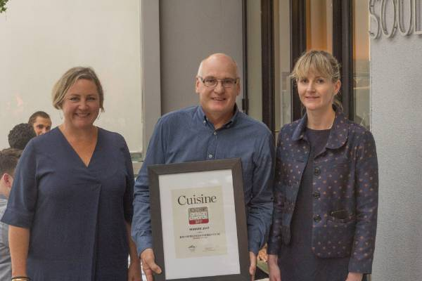 Bay Of Islands Smokehouse Smoked Mullet made Bryan Blackstone a winner. Pictured with head judge Fiona Smith and deputy ...