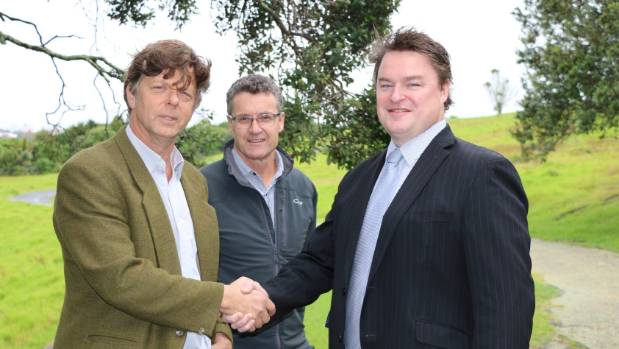 From left, Iain Rea, spokesman for the Devonport Peninsula Precincts Society; Institute of Architects representative ...