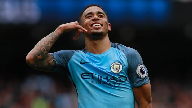 Man City hang on to beat Leicester and move third