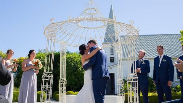 Caitlin & Darren's first kiss.