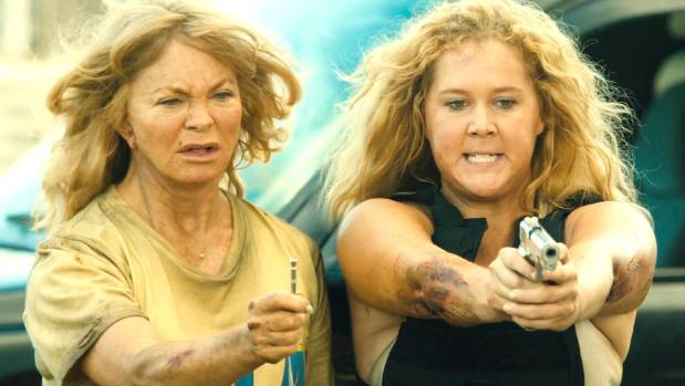 Amy Schumer says that the film studio was initially skeptical about teaming her up with Goldie Hawn for Snatched.