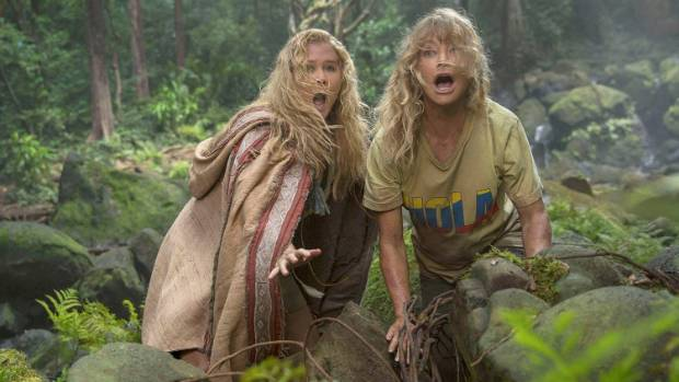 Amy Schumer and Goldie Hawn's characters find themselves kidnapped in Snatched.