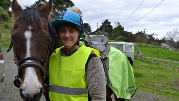 Anna Featherstone with 26-year-old horse Toby.