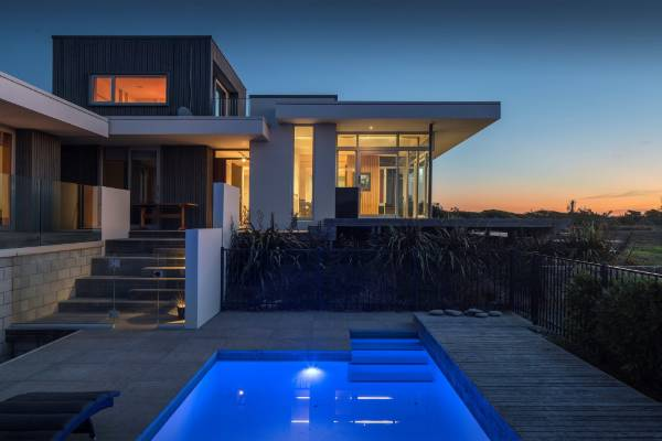Waikanae House by Herriot Melhuish O'Neill Architects (HMOA)