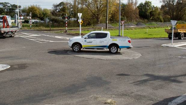 Most of the vehicles Stuff saw in a half-hour window on Tuesday went straight over top of this Manawatu roundabout.