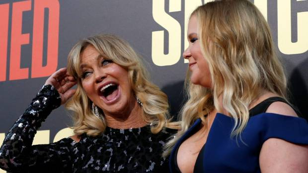 Amy Schumer says her Snatched co-star Goldie Hawn is just a natural comedienne.