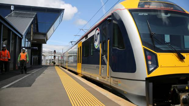 Moves are afoot to bring Auckland rail to Waikato.