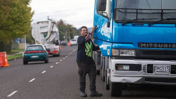 Truck driver Paul Dixon says he would rather use the Manawatu Gorge route than having to pass through residential streets.