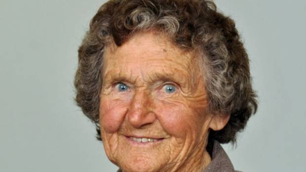 Taranaki rugby league stalwart Esme Tamati has died, aged 94.