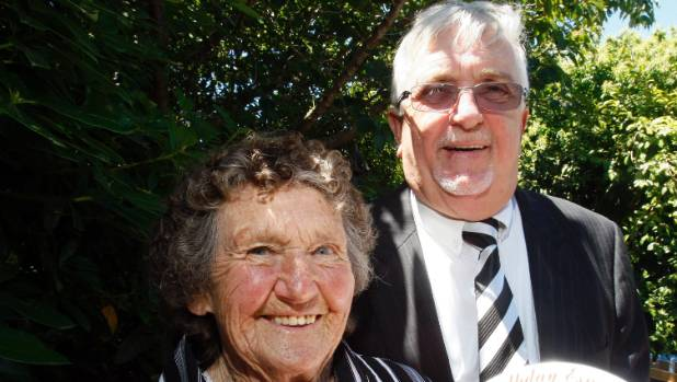 Esme Tamati  and Sir Peter Leitch aka The Mad Butcher shared a close bond. He made a special trip to Waitara  in 2010 to ...