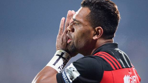 Crusaders produce storming second half to beat Chiefs