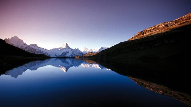 Bachalpsee lake (2265 m) above Grindelwald in the Bernese Oberland.