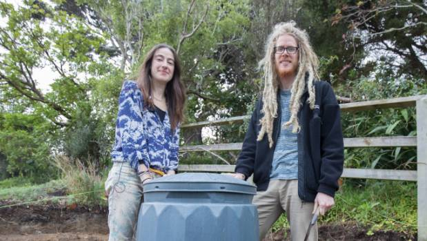 Hannah Blumhardt and partner Liam Prince from Wellington, live an almost Zero Waste lifestyle. Nothing they consume ...