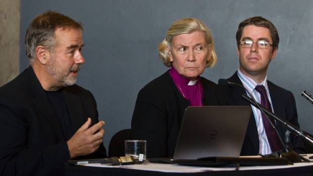 Bishop Victoria Matthews, flanked by Warren and Mahoney's Bill Gregory (left) and RCP's Marcus Read in 2013 talking plans.