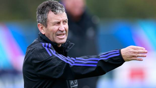 'Wonderful' Wayne Smith, All Blacks assistant coach, to step down