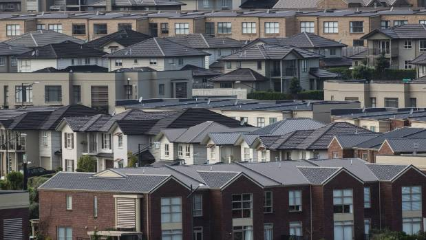 Social Housing Minister Amy Adams is confident of a government plan to build 34,000 houses in Auckland over 10 years.