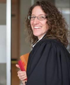 Susanne Ruthven works alongside Sir Geoffrey Palmer as a human rights lawyer.