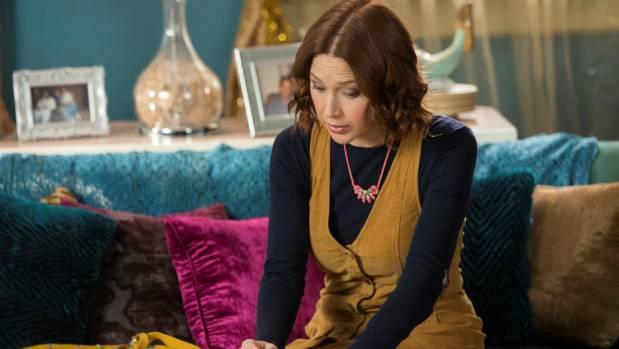 Season 3 of Unbreakable Kimmy Schmidt sees Kimmy enrolling in college and divorcing the Rev. Richard Wayne Gary Wayne ...