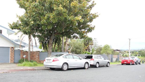 The site in Tennyson Ave has three houses on it, and no spare car parking on the road.