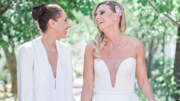 Diana Taurasi Wedding.Wedding Bells For Top Australian Basketballer Penny Taylor
